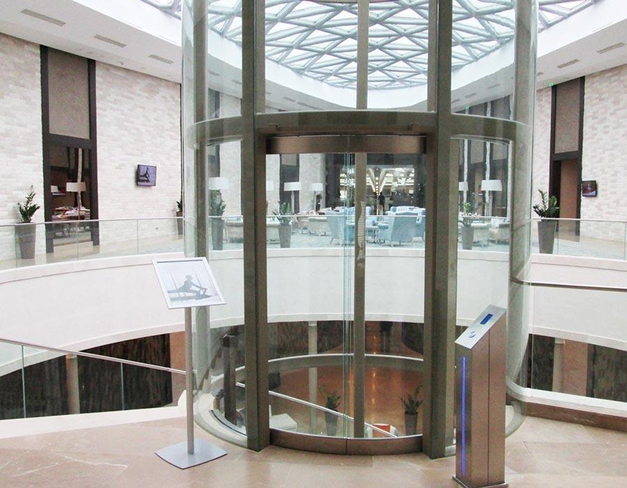Raloe hidrauliniai liftai